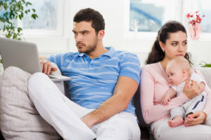 Как подать на алименты находясь в браке и без развода – как сделатьправильно, куда обращаться?