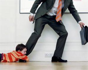 До скольки лет платят алименты на ребенка?