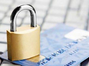 Могут ли судебные приставы заблокировать банковскую карту